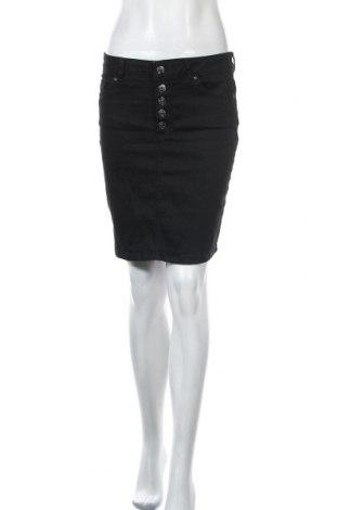 Пола ONLY, Размер M, Цвят Черен, 92% памук, 6% други тъкани, 2% еластан, Цена 36,75лв.