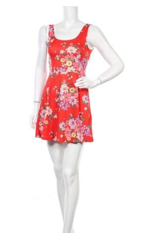 Φόρεμα H&M Divided, Μέγεθος S, Χρώμα Κόκκινο, 95% πολυεστέρας, 5% ελαστάνη, Τιμή 7,36€