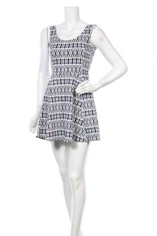 Φόρεμα H&M Divided, Μέγεθος M, Χρώμα Λευκό, 95% πολυεστέρας, 5% ελαστάνη, Τιμή 6,93€