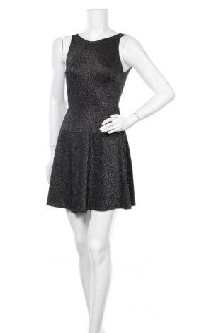 Φόρεμα H&M Divided, Μέγεθος S, Χρώμα Μαύρο, 56% βισκόζη, 26% πολυεστέρας, 13% μεταλλικά νήματα, 5% ελαστάνη, Τιμή 14,39€