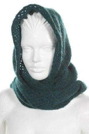Căciulă cu fular United Colors Of Benetton, Culoare Verde, Preț 78,95 Lei