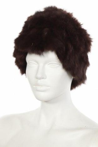 Шапка Estelle, Цвят Кафяв, Естествен косъм, Цена 36,02лв.