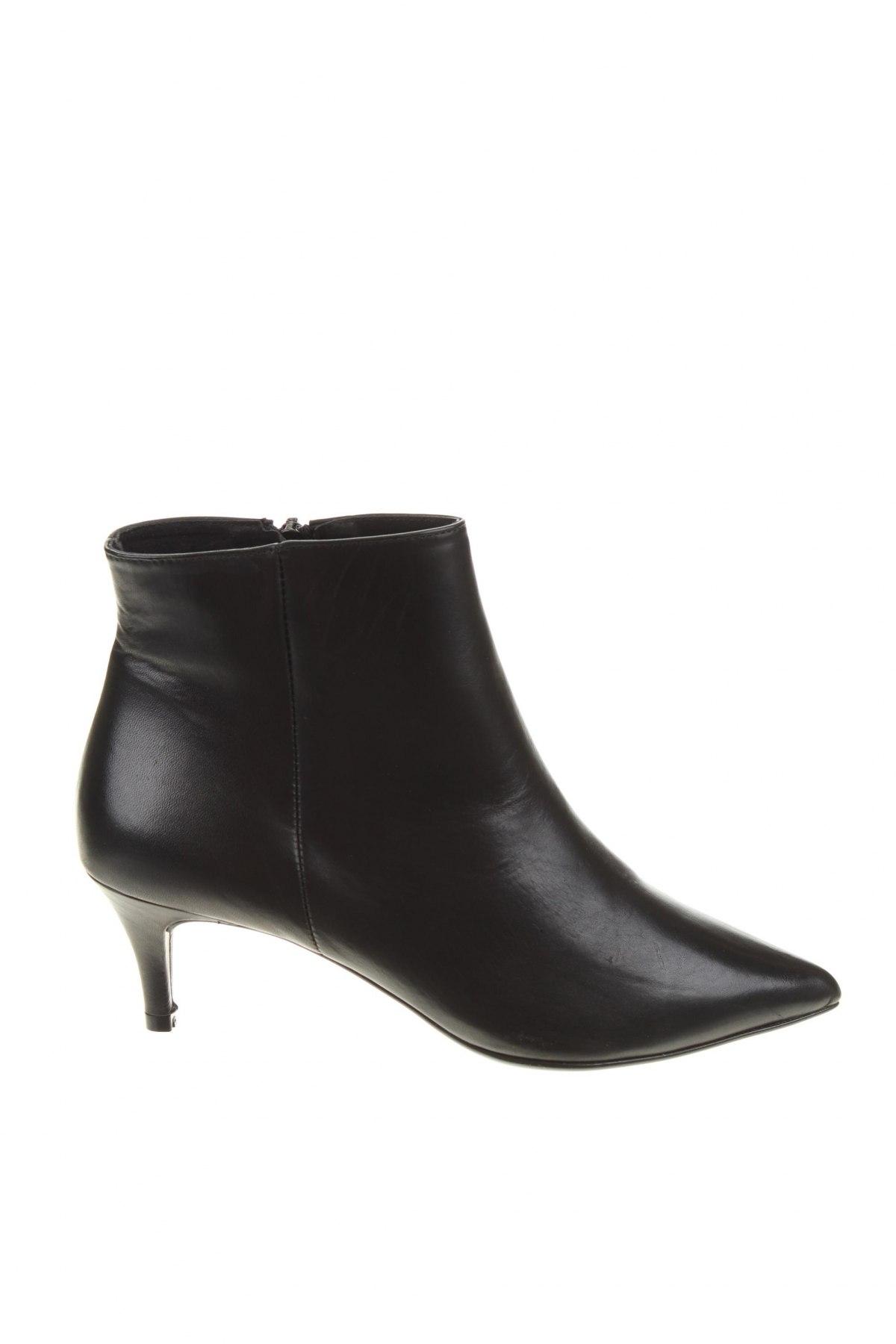 Дамски боти Elodie, Размер 38, Цвят Черен, Естествена кожа, Цена 139,00лв.