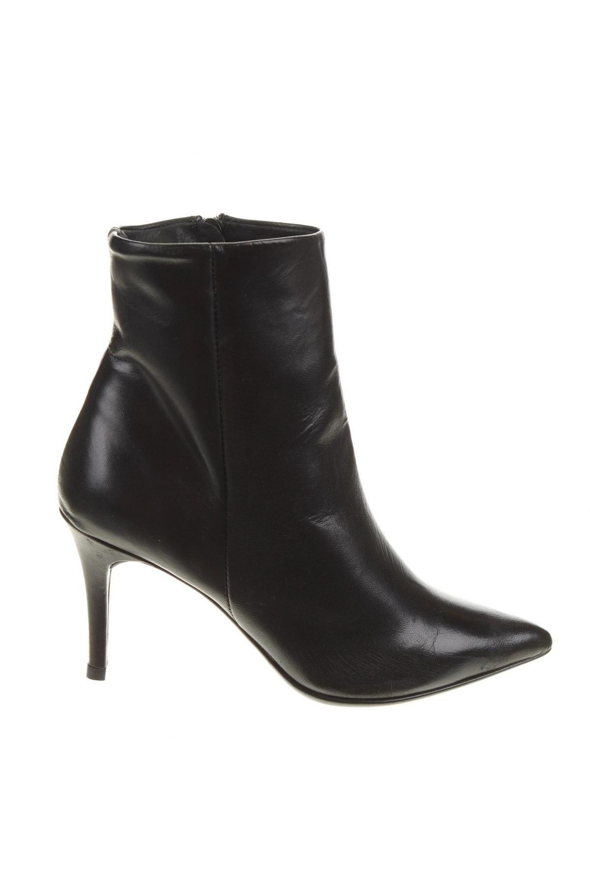 Дамски боти Elodie, Размер 36, Цвят Черен, Естествена кожа, Цена 139,00лв.