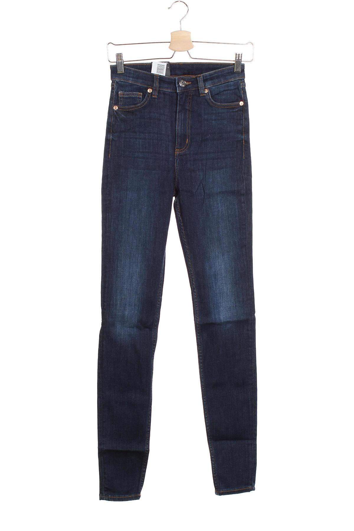 Дамски дънки Monki, Размер XS, Цвят Син, 86% памук, 12% полиестер, 2% еластан, Цена 29,76лв.