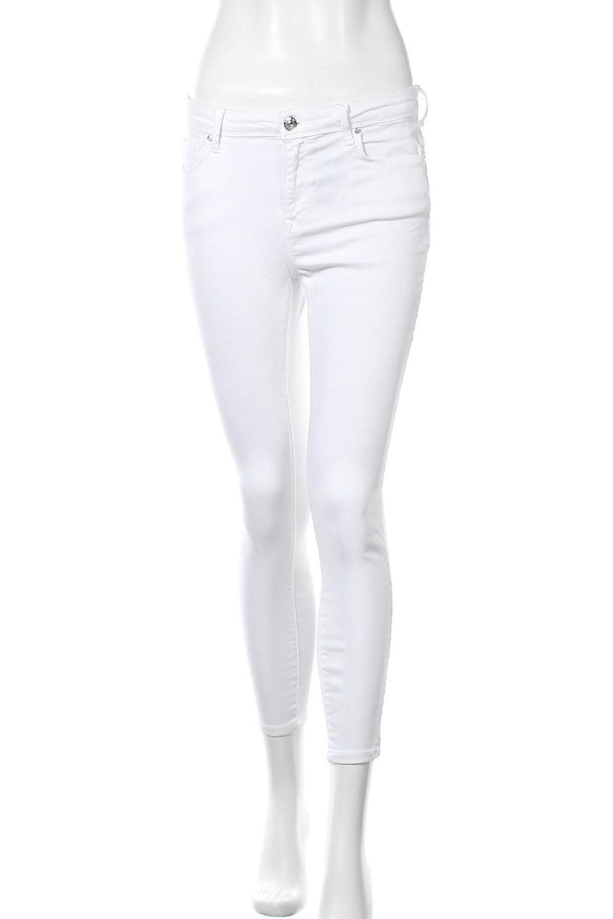 Дамски дънки ONLY, Размер S, Цвят Бял, 92% памук, 6% полиестер, 2% еластан, Цена 15,53лв.