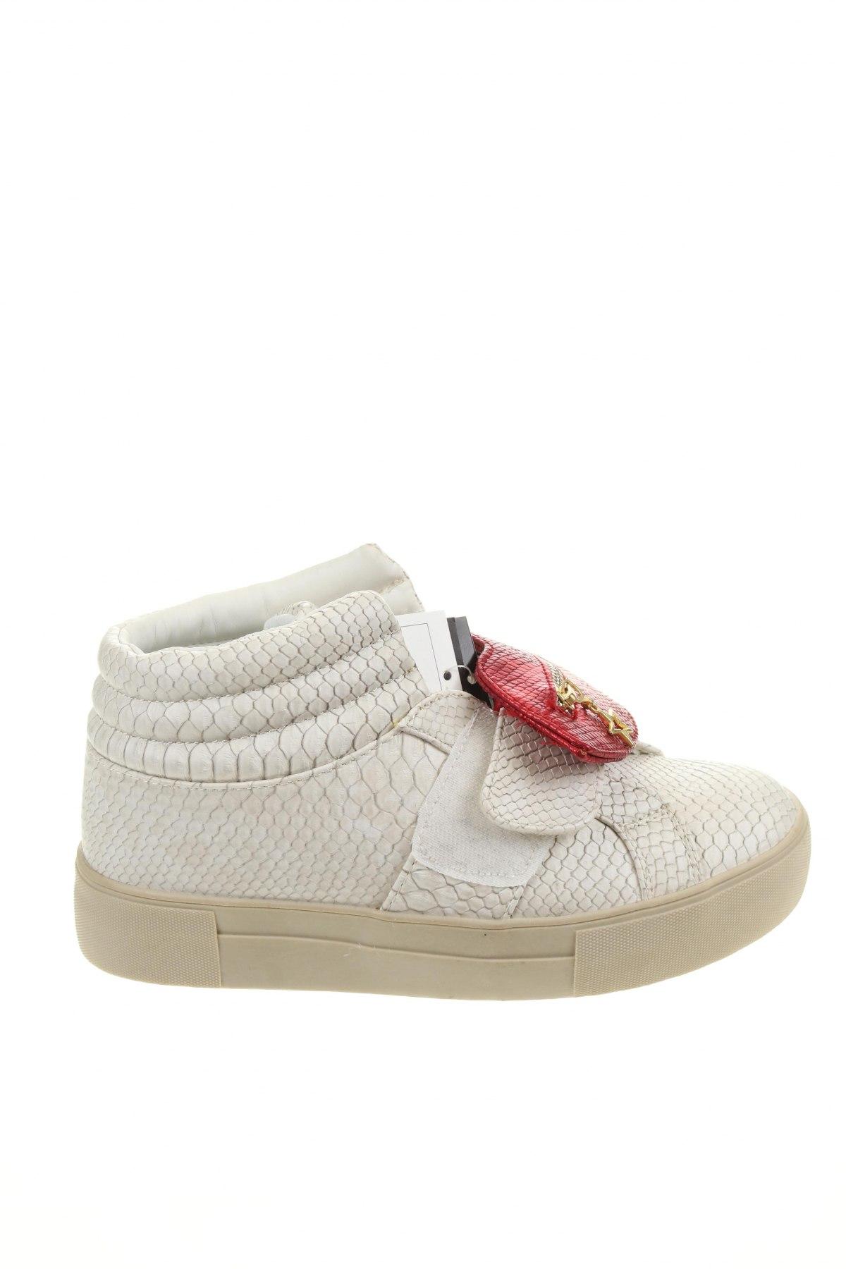 Дамски обувки Desigual, Размер 36, Цвят Бял, Еко кожа, Цена 47,25лв.