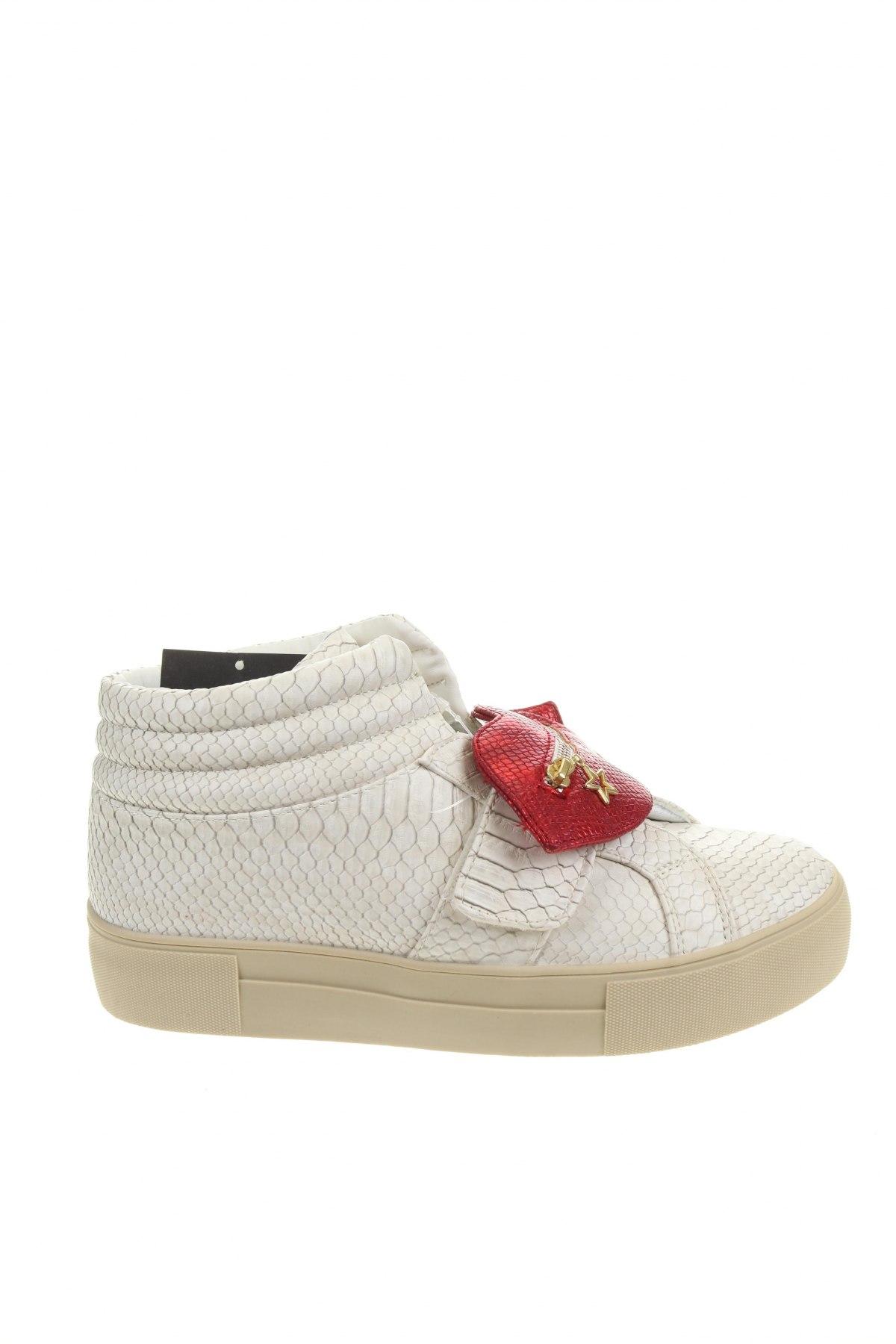 Дамски обувки Desigual, Размер 39, Цвят Бял, Еко кожа, Цена 47,25лв.