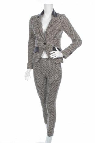 Costum de femei Nicowa