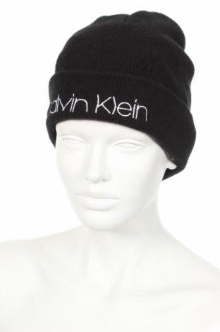 Čiapka  Calvin Klein