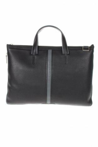 Чанта за документи Piquadro, Цвят Черен, Естествена кожа, Цена 227,40лв.