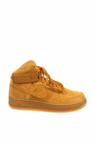 Dámske topánky  Nike, Veľkosť 37, Farba Béžová, Prírodný velur , Cena  62,74€