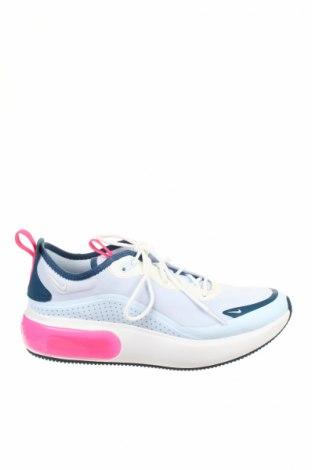 Дамски обувки Nike, Размер 39, Цвят Син, Текстил, Цена 115,42лв.