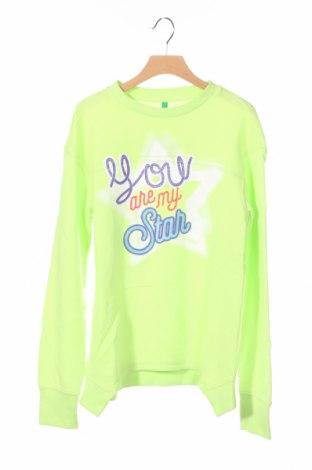 Детска блуза United Colors Of Benetton, Размер 11-12y/ 152-158 см, Цвят Зелен, 65% полиестер, 35% памук, Цена 31,50лв.