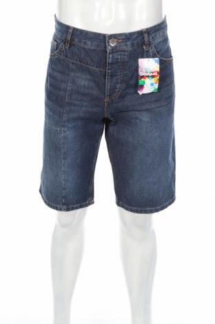 Ανδρικό κοντό παντελόνι Desigual, Μέγεθος L, Χρώμα Μπλέ, 85% πολυεστέρας, 15% βαμβάκι, Τιμή 16,60€