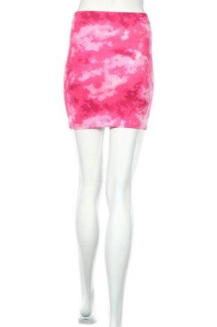 Пола Clockhouse, Размер M, Цвят Розов, 95% памук, 5% еластан, Цена 28,62лв.
