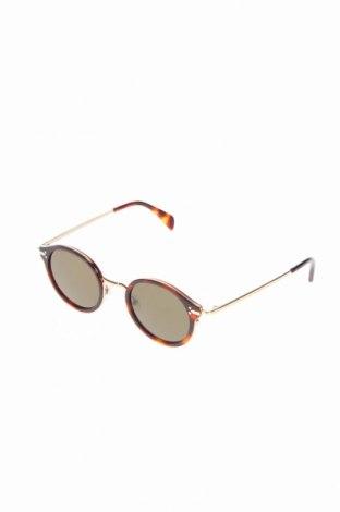 Слънчеви очила Celine, Цвят Кафяв, Цена 263,97лв.