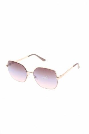 Слънчеви очила Guess, Цвят Златист, Цена 89,50лв.