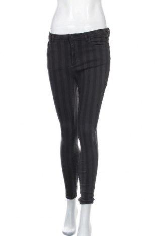 Дамски дънки Lefties, Размер M, Цвят Сив, 98% памук, 2% еластан, Цена 40,50лв.