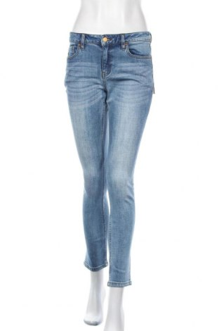 Дамски дънки Lois, Размер M, Цвят Син, 99% памук, 1% еластан, Цена 31,15лв.