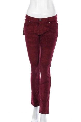 Дамски джинси Lois, Размер M, Цвят Червен, 98% памук, 2% еластан, Цена 31,15лв.