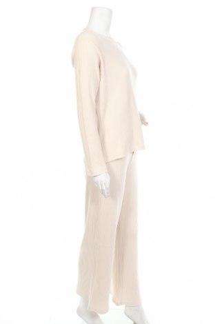 Дамски комплект Anna Field, Размер M, Цвят Бежов, 62% полиестер, 33% памук, 5% еластан, Цена 39,00лв.