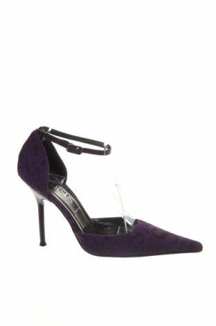 Дамски обувки Versus Versace, Размер 37, Цвят Лилав, Текстил, Цена 81,25лв.