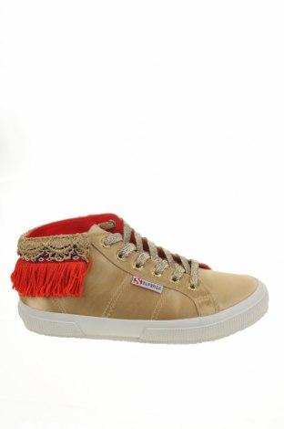 Дамски обувки Superga, Размер 39, Цвят Бежов, Текстил, Цена 63,07лв.