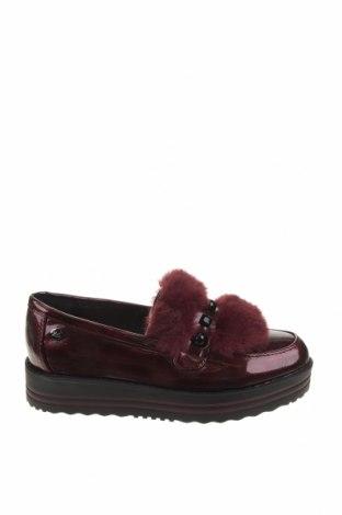 Дамски обувки Xti, Размер 39, Цвят Червен, Еко кожа, текстил, Цена 26,22лв.