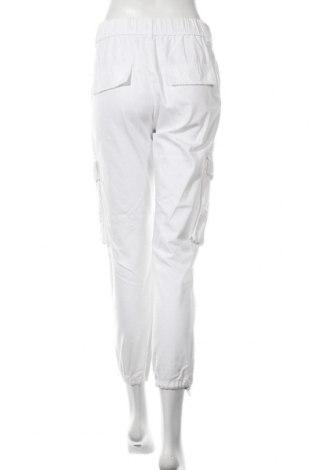 Дамски панталон Bershka, Размер S, Цвят Бял, 100% памук, Цена 39,00лв.