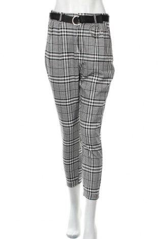 Дамски панталон Bershka, Размер S, Цвят Черен, 62% полиестер, 33% вискоза, 5% еластан, Цена 17,68лв.