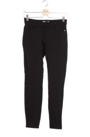Дамски панталон Christian Berg, Размер XS, Цвят Черен, 73% вискоза, 22% полиамид, 5% еластан, Цена 18,22лв.