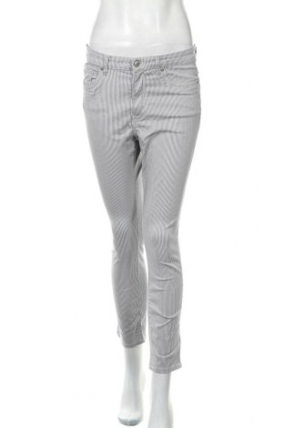 Дамски панталон H&M L.O.G.G., Размер M, Цвят Бял, 97% памук, 3% еластан, Цена 6,30лв.