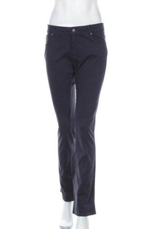 Дамски панталон Lois, Размер M, Цвят Син, 97% памук, 3% еластан, Цена 31,15лв.