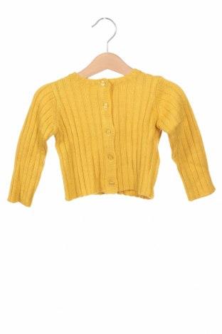 Детска жилетка Gocco, Размер 6-9m/ 68-74 см, Цвят Жълт, 53% акрил, 26% полиамид, 13% вълна, 8% мохер, Цена 14,70лв.