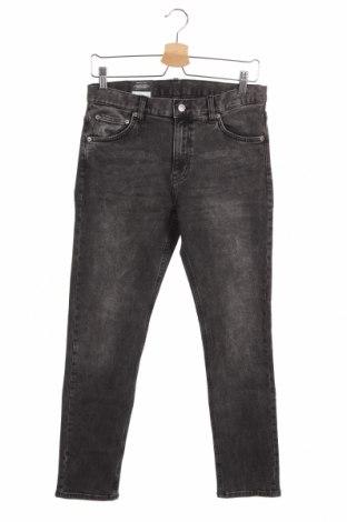 Мъжки дънки Mtwtfss Weekday, Размер M, Цвят Сив, 98% памук, 2% еластан, Цена 40,05лв.