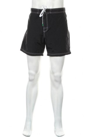 Ανδρικό κοντό παντελόνι United Colors Of Benetton, Μέγεθος XL, Χρώμα Μαύρο, 55% βαμβάκι, 45% πολυαμίδη, Τιμή 26,68€