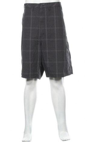 Мъжки къс панталон Wrangler, Размер XXL, Цвят Сив, Памук, Цена 37,80лв.