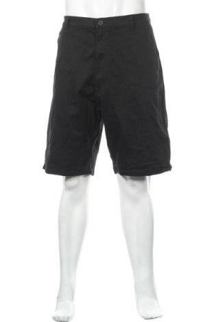 Мъжки къс панталон Wrangler, Размер XL, Цвят Черен, 98% памук, 2% еластан, Цена 32,13лв.