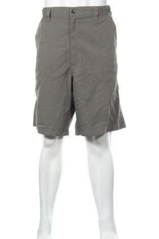 Мъжки къс панталон Wrangler, Размер XL, Цвят Зелен, Полиестер, Цена 31,24лв.