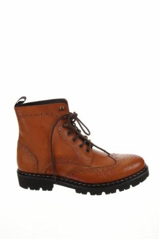 Мъжки обувки British Passport, Размер 44, Цвят Кафяв, Естествена кожа, Цена 259,00лв.