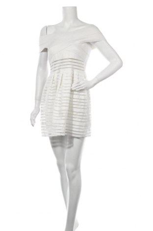 Рокля Showpo, Размер M, Цвят Бял, Цена 32,76лв.