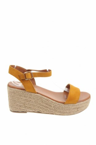 Sandale New Look, Mărime 40, Culoare Galben, Textil, Preț 157,96 Lei