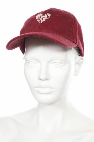 Čepice  Bershka, Barva Červená, Bavlna, Cena  99,00Kč