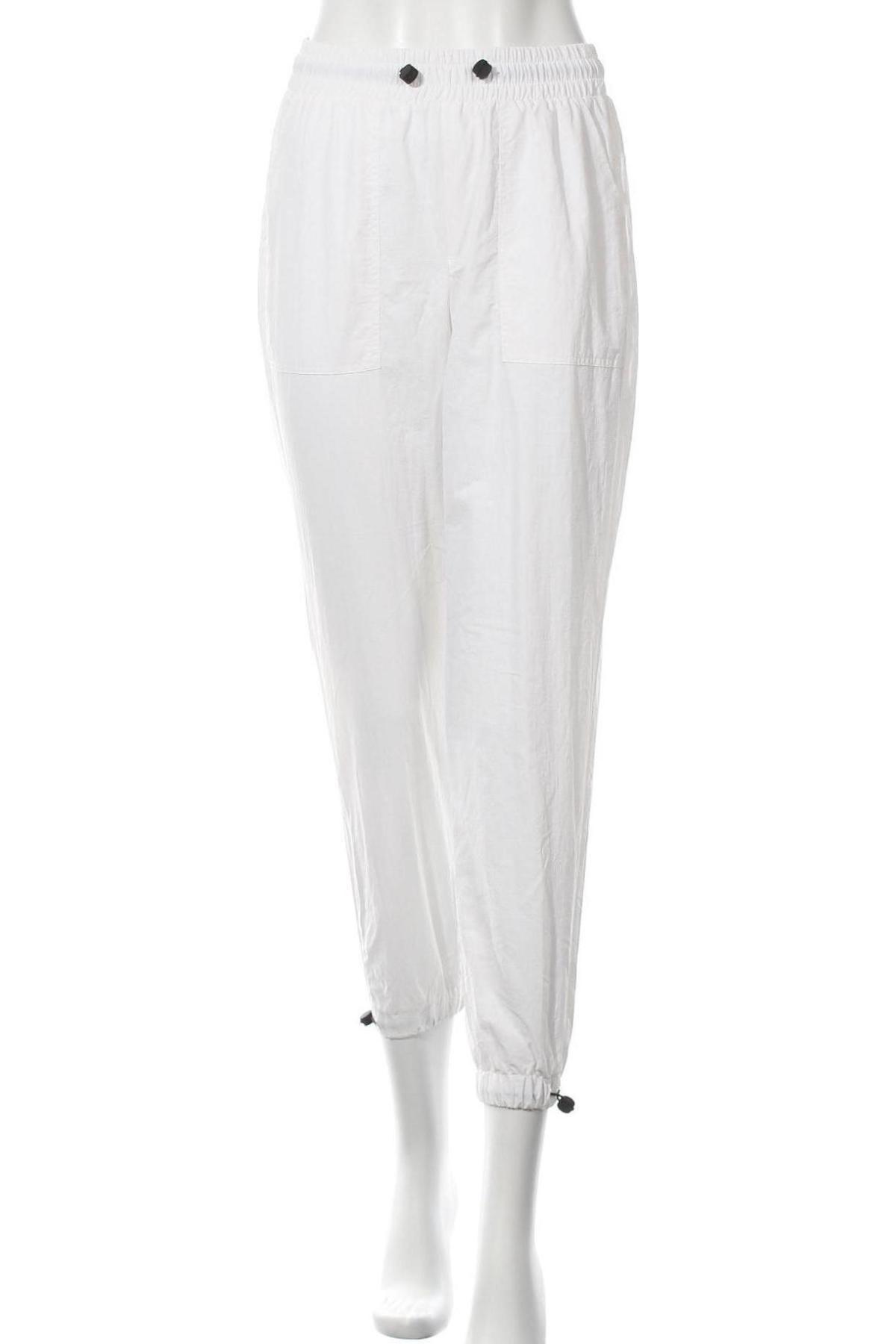 Дамско спортно долнище Bershka, Размер S, Цвят Бял, Полиамид, Цена 13,20лв.
