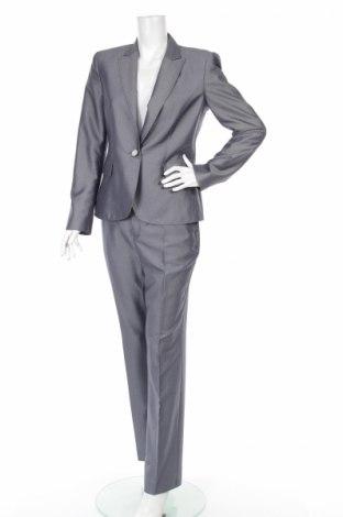 Дамски костюм Dika