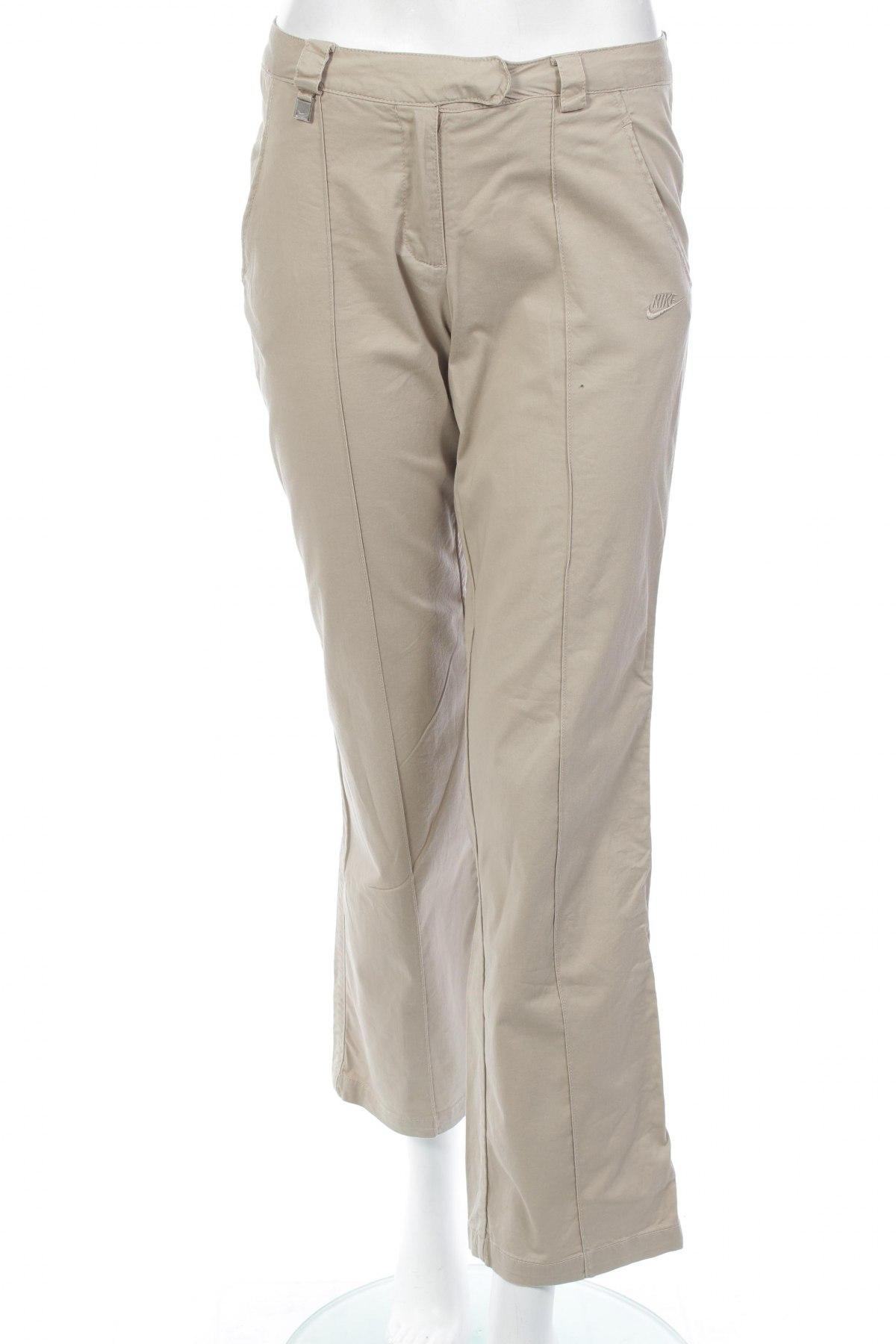 ccd91e4aa42 Dámske nohavice Nike - za výhodnú cenu na Remix -  101739659