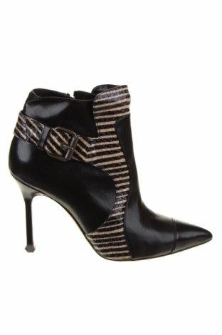 Dámské topánky  Manolo Blahnik