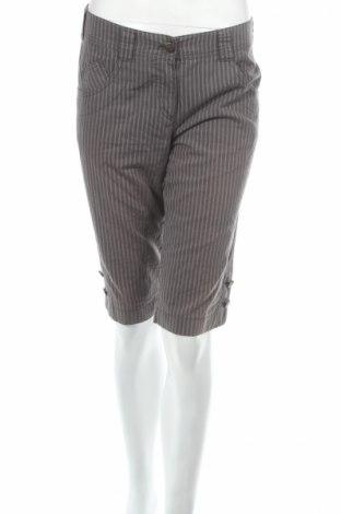 Дамски къс панталон Laurel