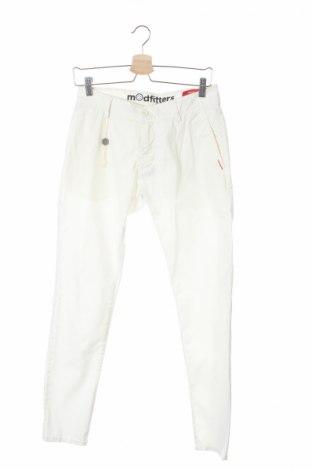 Мъжки панталон Modfitters, Размер S, Цвят Бял, 98% памук, 2% еластан, Цена 171,75лв.